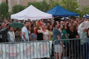 crowd0048